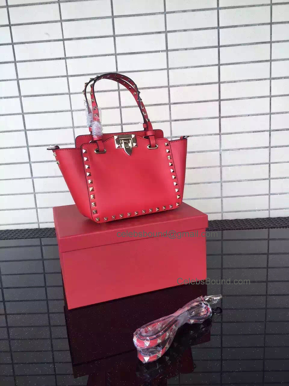 Replica Valentino Gold Rockstud Small Tote in Red Smooth Calfskin