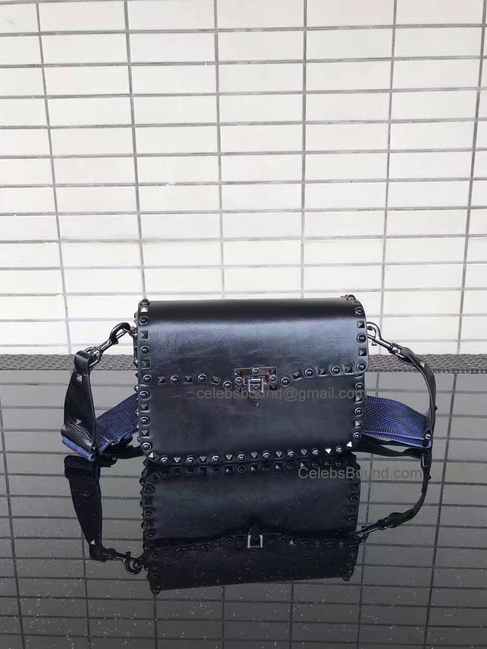 Valentino Garavani Medium Guitar Rockstud Rolling Noir Cross Body Bag