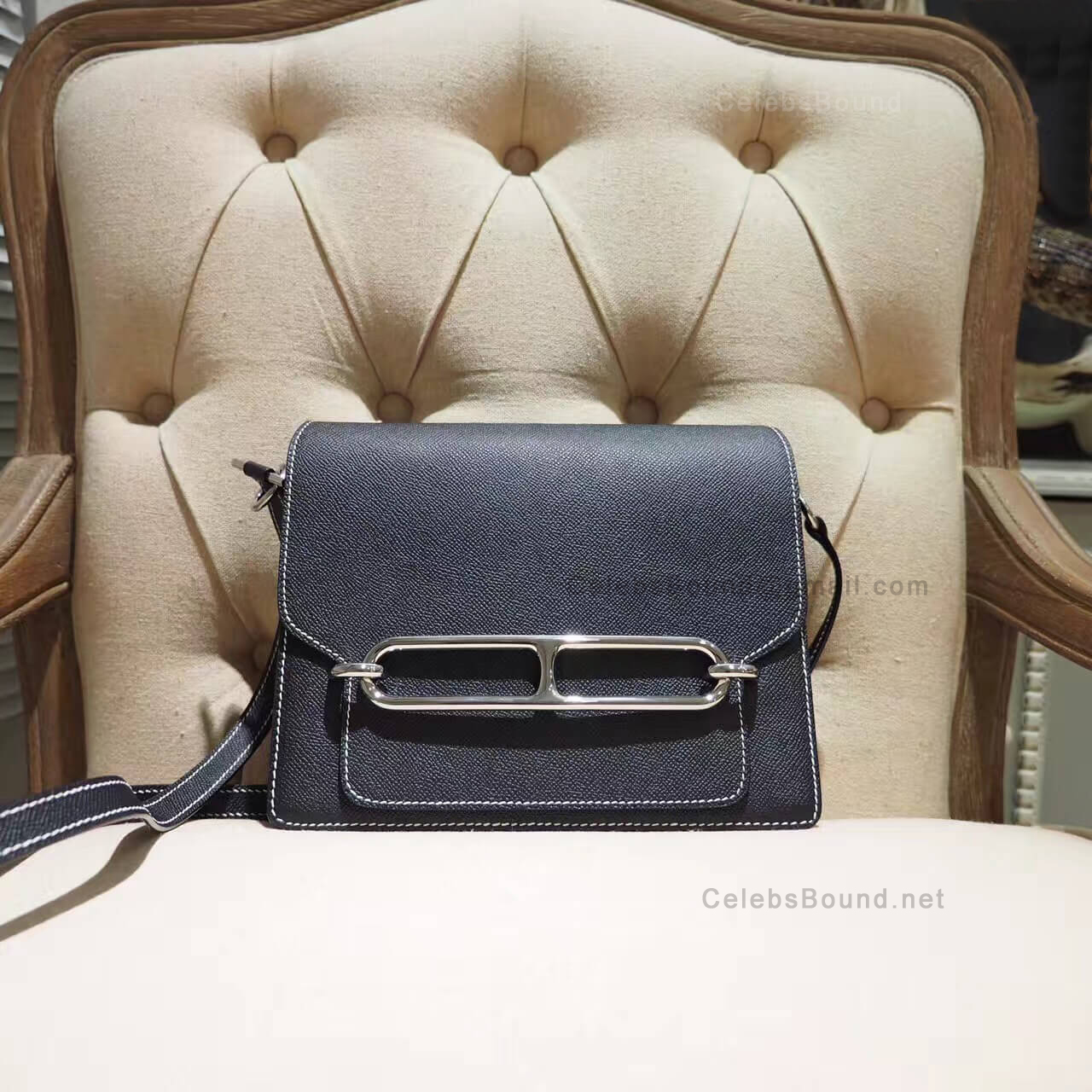 Replica Hermes Roulis 23 Bag in ck89 Noir Box PHW