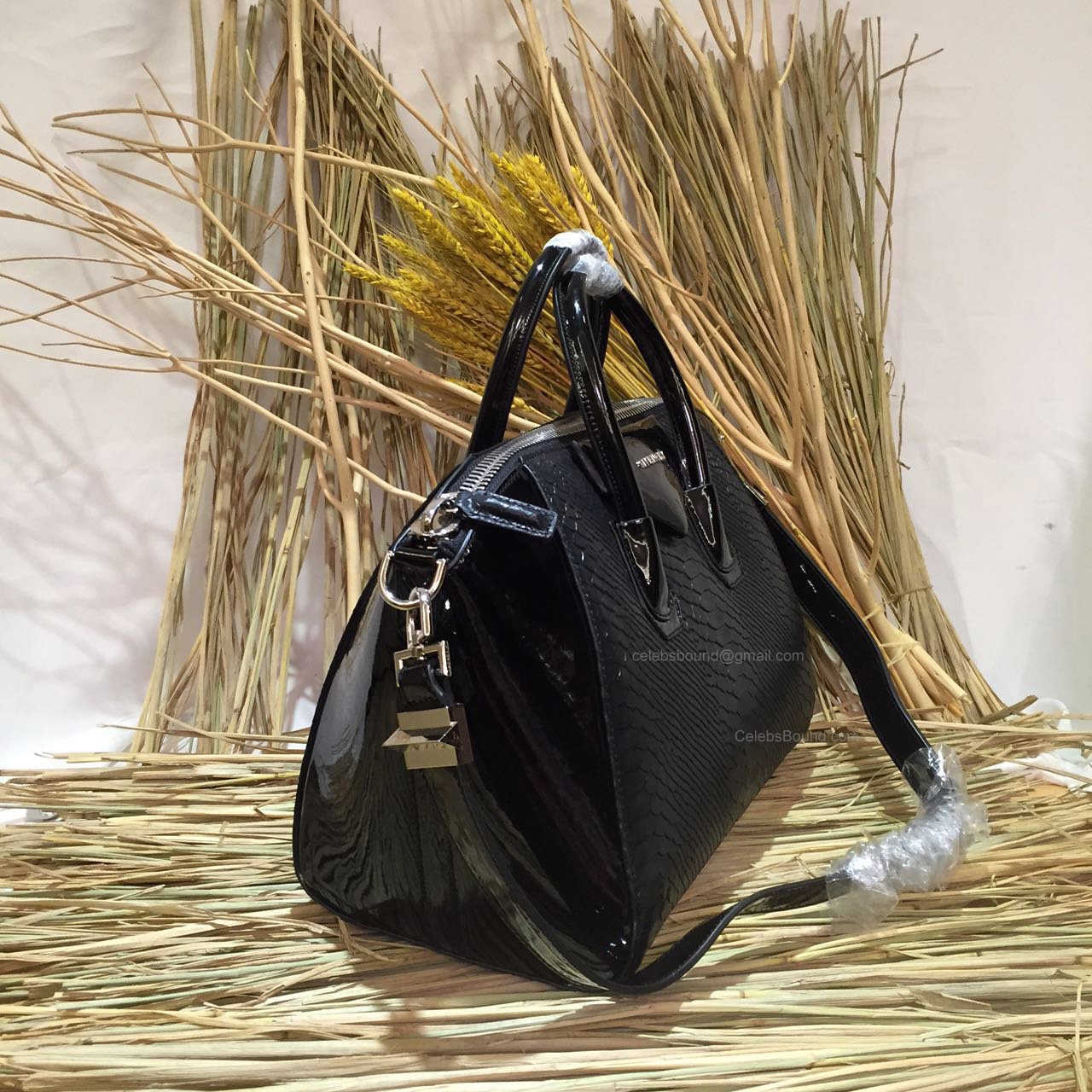 Givenchy Medium Antigona Bag in Black Python and Patent Leather 285173L - 2cab7f756389c